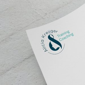 Logo Specialist-Wanted
